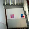 anna-Wiesinger-abstrakte-portraits-interactiv art-Farbtafeln im Treppenhaus